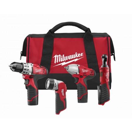 Milwaukee 4 tool cordless combo kit (1.5 Ah)