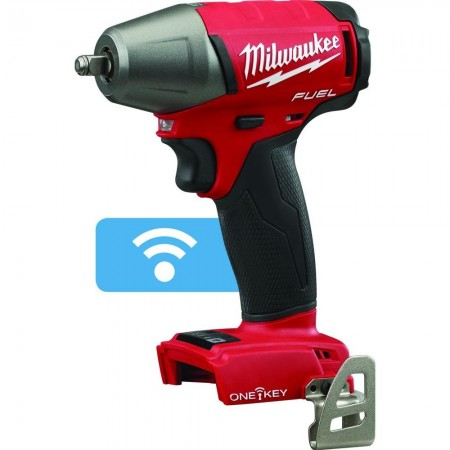 Milwaukee impact wrench with pin detent